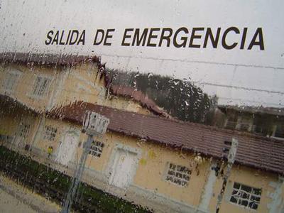 Salida de emergencia...